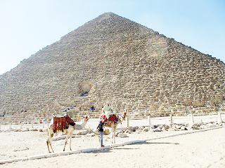 渡航自粛のエジプトから