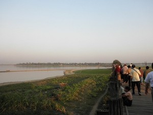 2011ミャンマー3