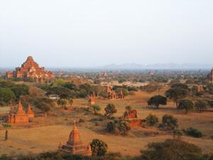 バガン 世界3大仏教遺跡の町